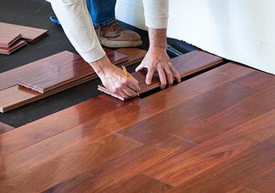 układanie deski podłogowej