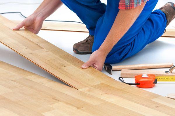 układanie paneli podłogowych sopot